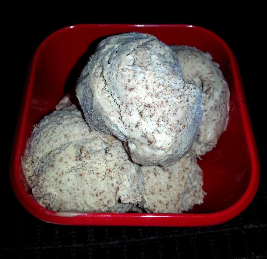 Chocolate Peanut Butter Ice Cream - TheLateFarmer.com